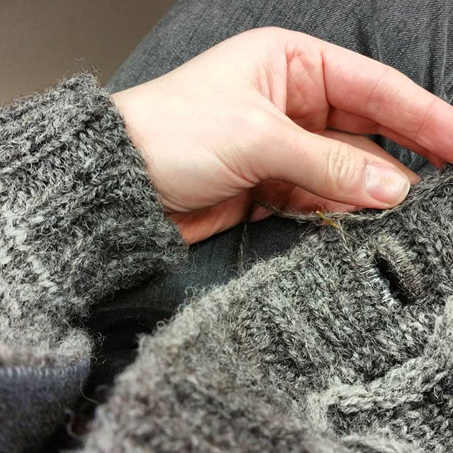 Working at Kathy's Knits today and it's such a cold day that I have ended up wearing my in-progress Kells cardigan whilst I sew the buttonholes!