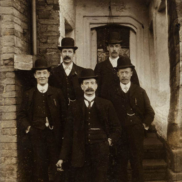 1880-mage.jpg