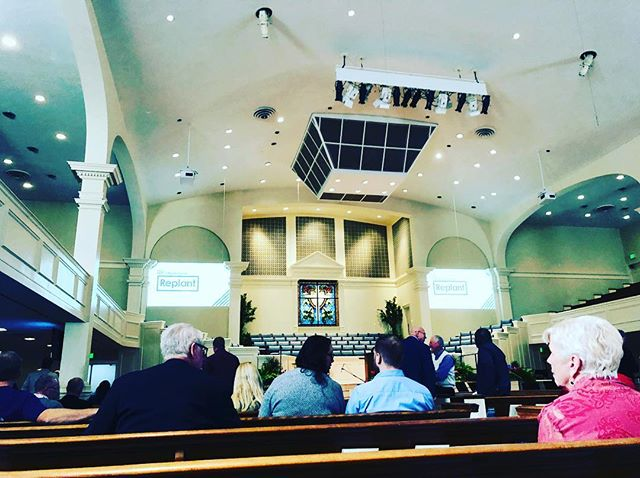 Slight change of scenery today for me (@jeremiahtoole ). I'm attending a session on Church Revitalization by @markclifton7963 - one of the leading experts in the field. . . . #revitalize #replant #revitalizereplant #church #leadership #thrive #hurytownumc #hueytown #thrivehueytown