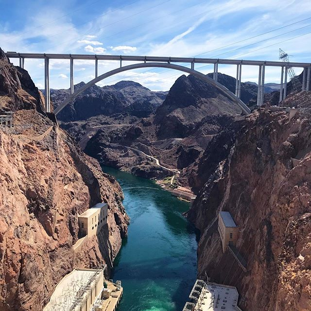 "Hoover Dam, NV & AZ ""Travel brings power and love back into your life"" - Rumi  Nature is colorful…powerful…beautiful…It is not shy of relieving its perfections and imperfections. . . . #photooftheday #photography #Photo  #traveller #wanderlust #photos #neverstopexploring #stayandwander #storyteller #iger  #lakemead  #nevada #arizona #hooverdam #nature #hoover #bridge #coloradoriver #dam #blue #architecture #hooverdambridge"