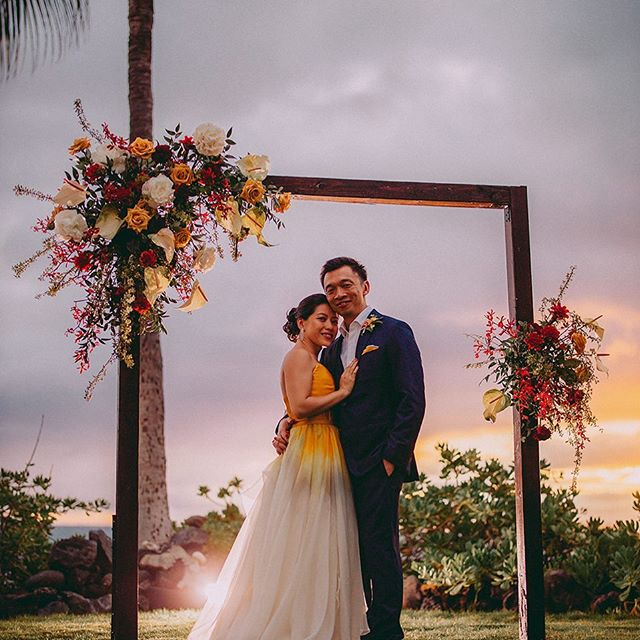 💫 #extraordinarymauiweddings  #bestdayever  #mauibeachwedding  #destinationwedding  #mauiwedding #mauiweddingvenue