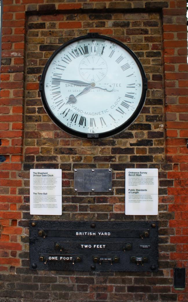 GMT_Clock.jpg