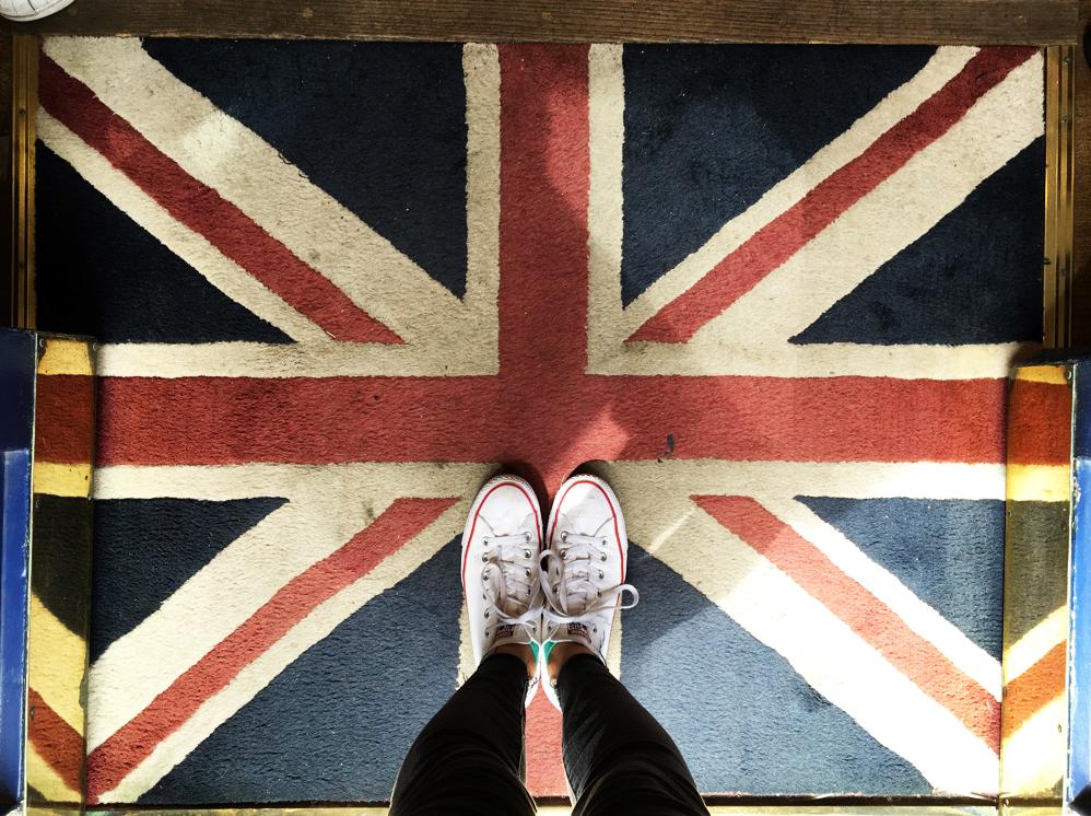 FlagAndShoes.jpg