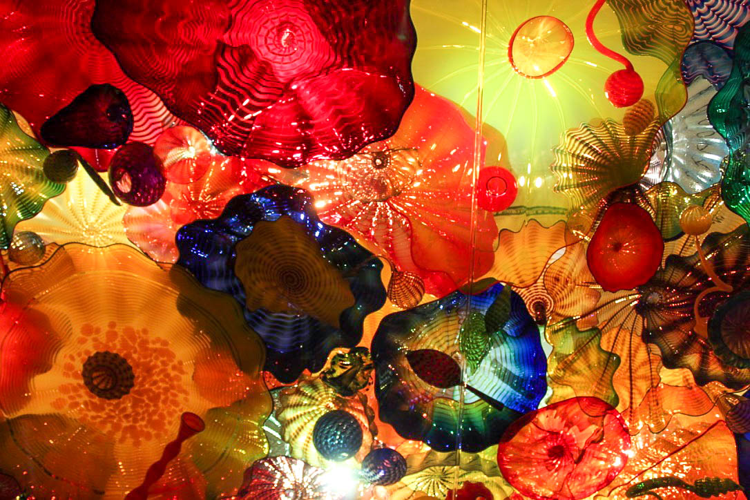 ChihulyCeiling.jpg