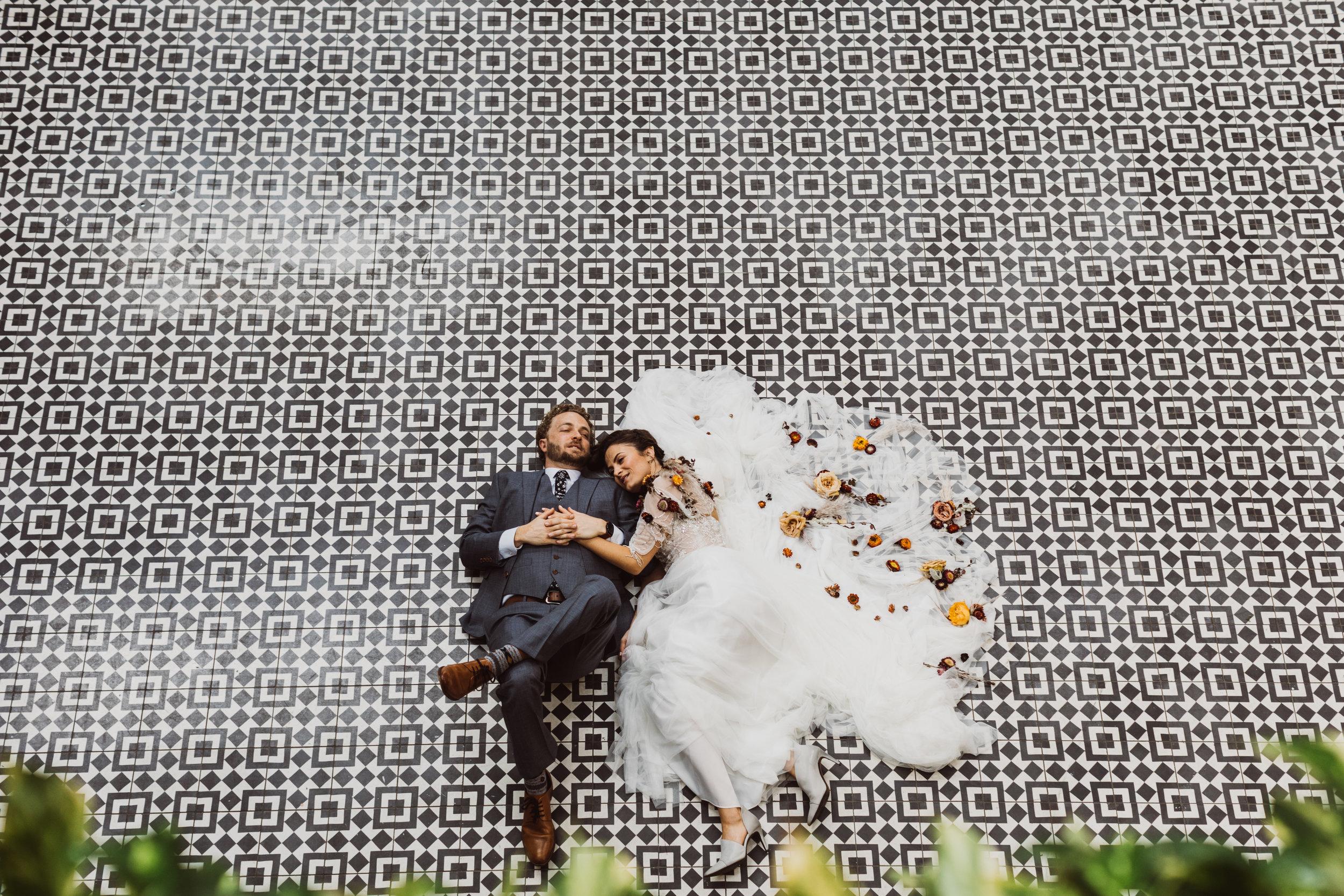 John+Lori- Married_stevecowellphoto-105.jpg