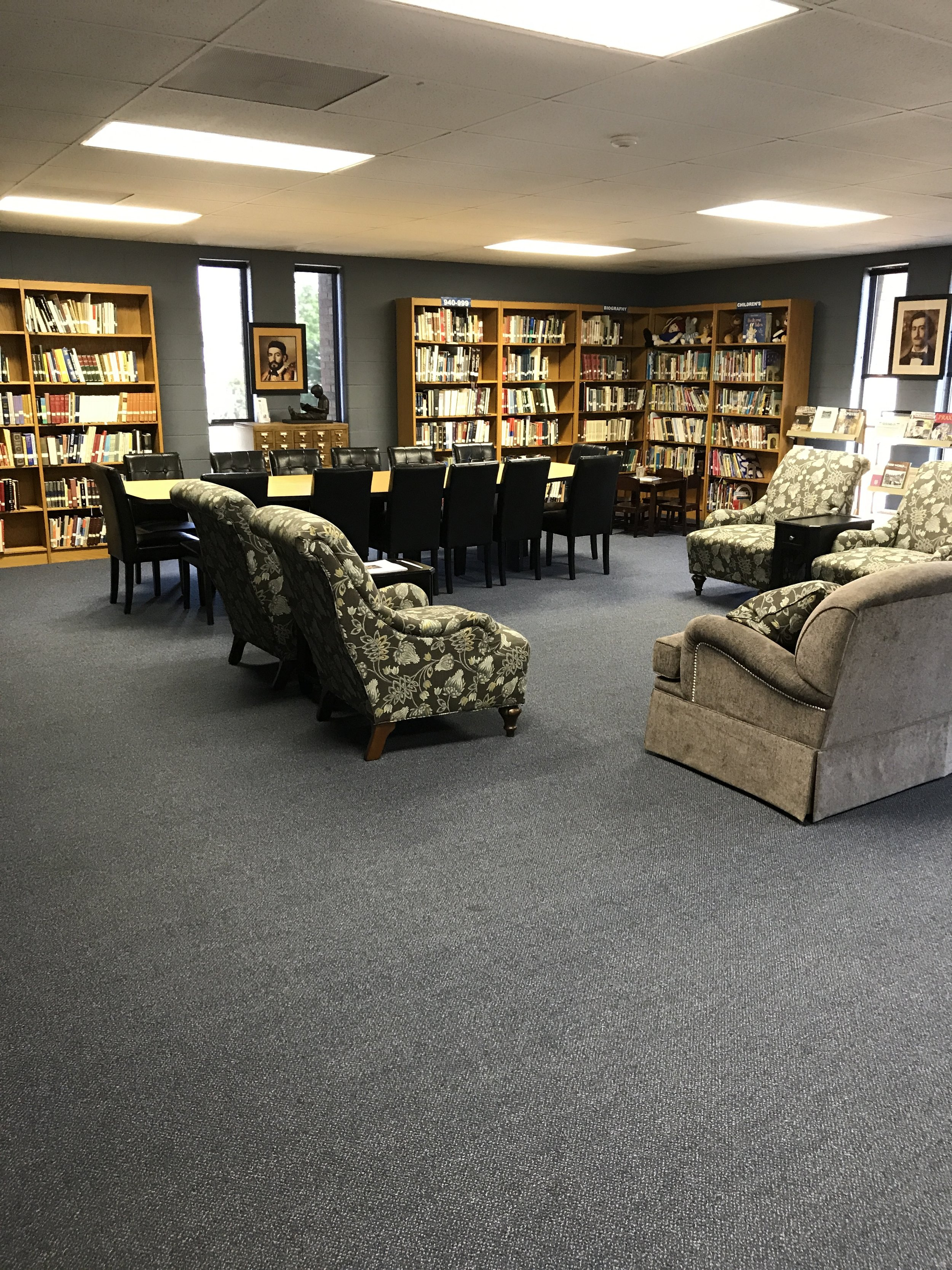 Board meetings, conferences, planning committee - our Library is the perfect room.