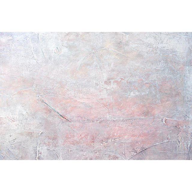 . 再始動。 まずは、 いつのまにかできてしまった 自分の中のルールを 壊すことから。 . . . #abstractart #抽象画
