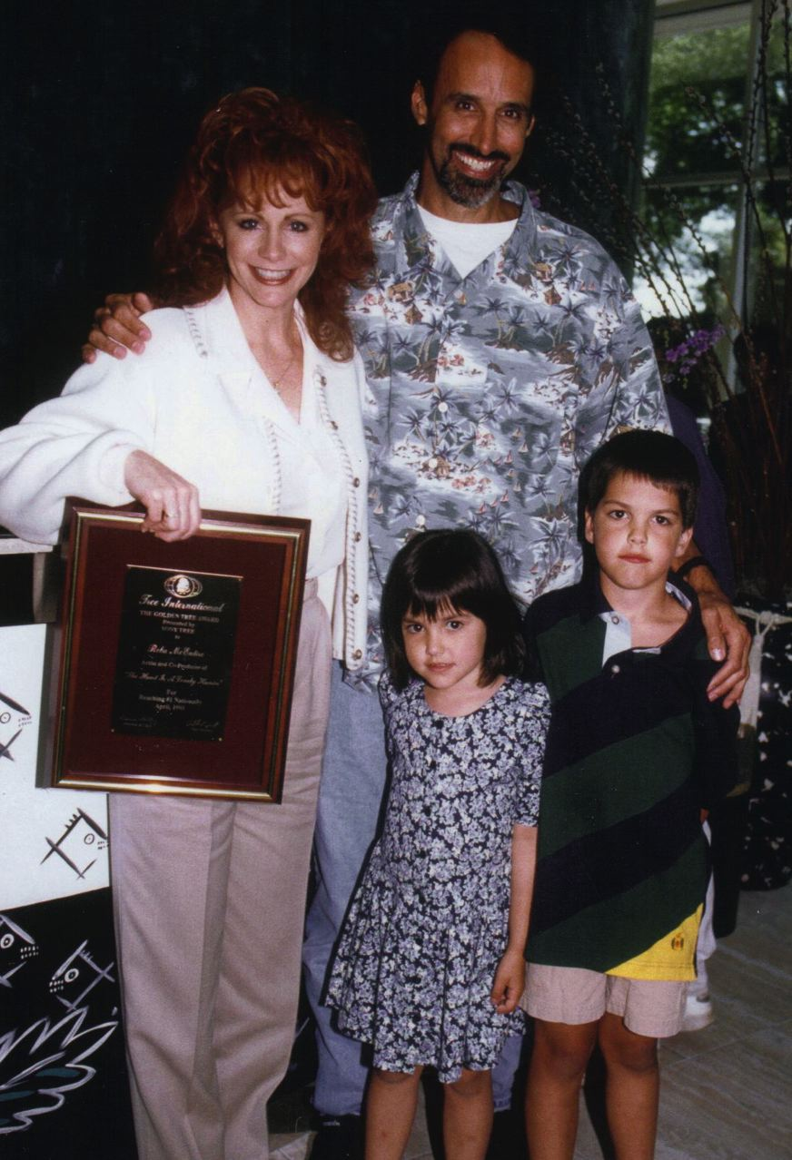 Reba McEntire, Mark & his daughter Sophie and son Dylan