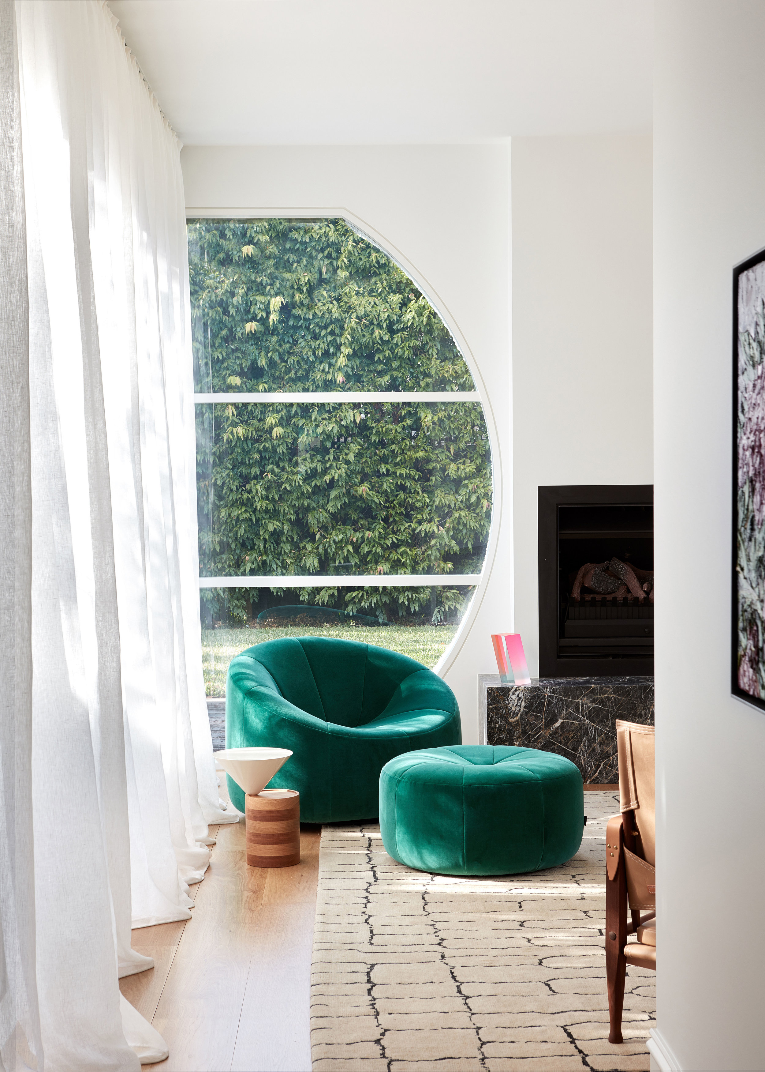 Dulux Colour Award 2019 - Elsternwick House by  Chelsea Hing . Photo - Sean Fennessy.