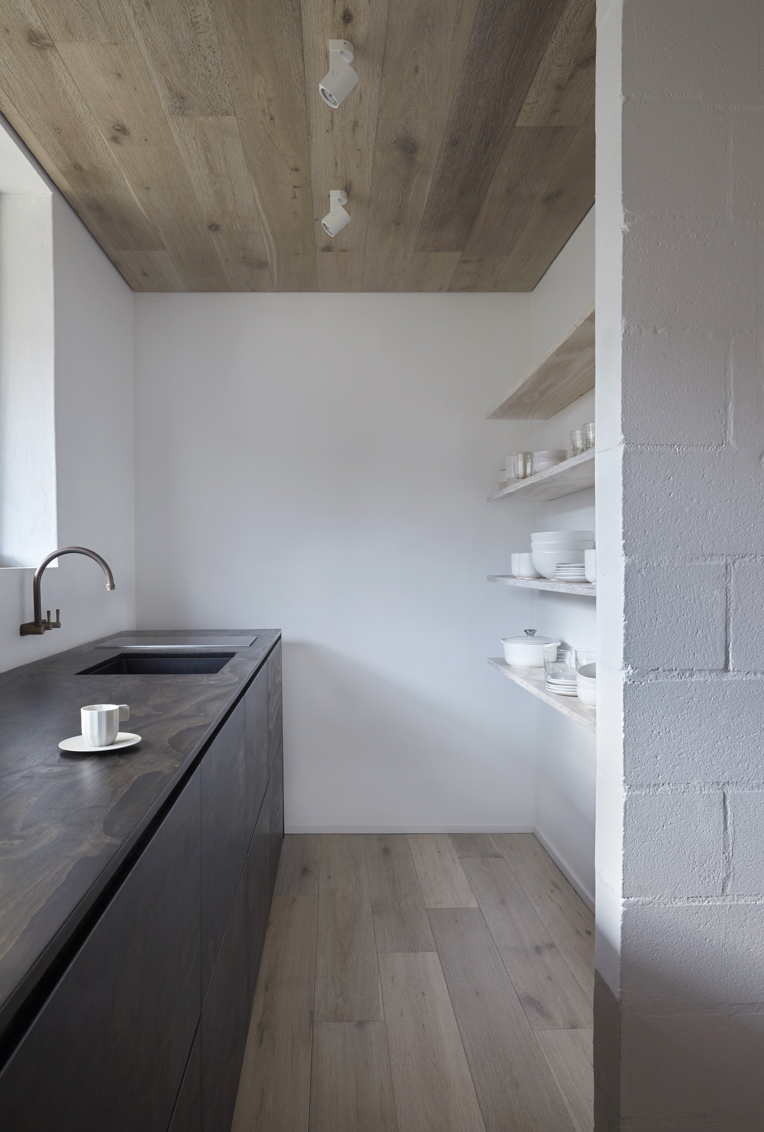 Overlooking High Noon, the studio space comes complete with soft linen bedding, kitchen with integrated appliances and a bathroom clad in Italian stone. Heaven!