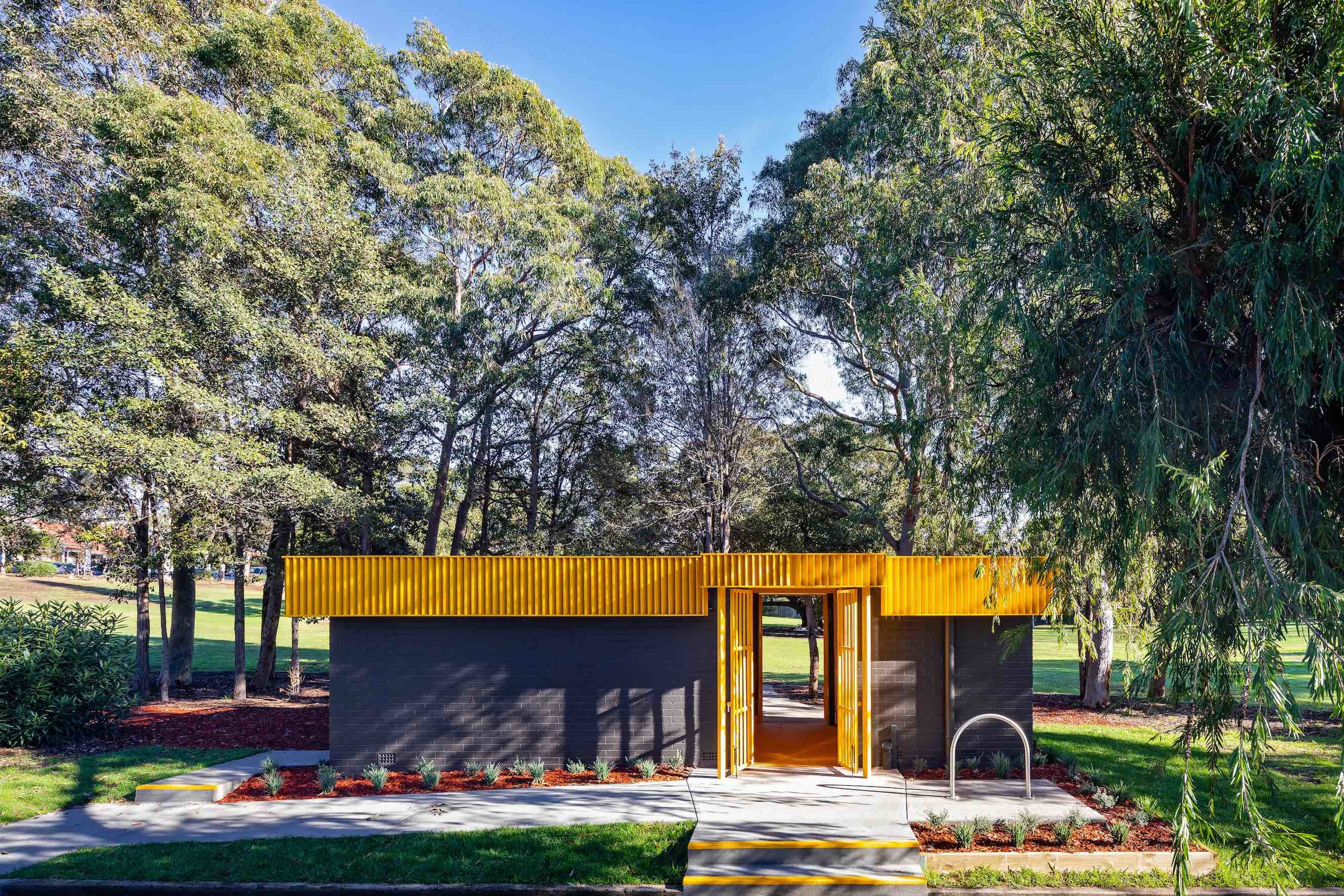 War Memorial Park Amenities -
