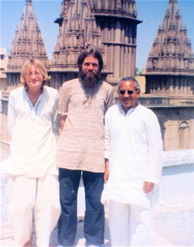 Varanasi, February 1978. Max from Sweden, me, Raj Bhan Singh (sitar instructor at Benares Hindu University)