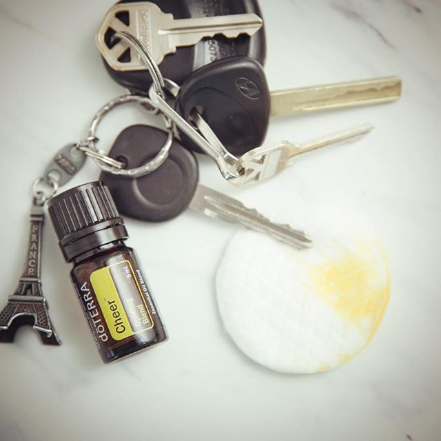 doTERRA Cheer is the perfect oil to diffuse in the car, especially when traffic is heavy!  #yeg #yeghealth #mentalhealth #relax #yegfitness #yegfit