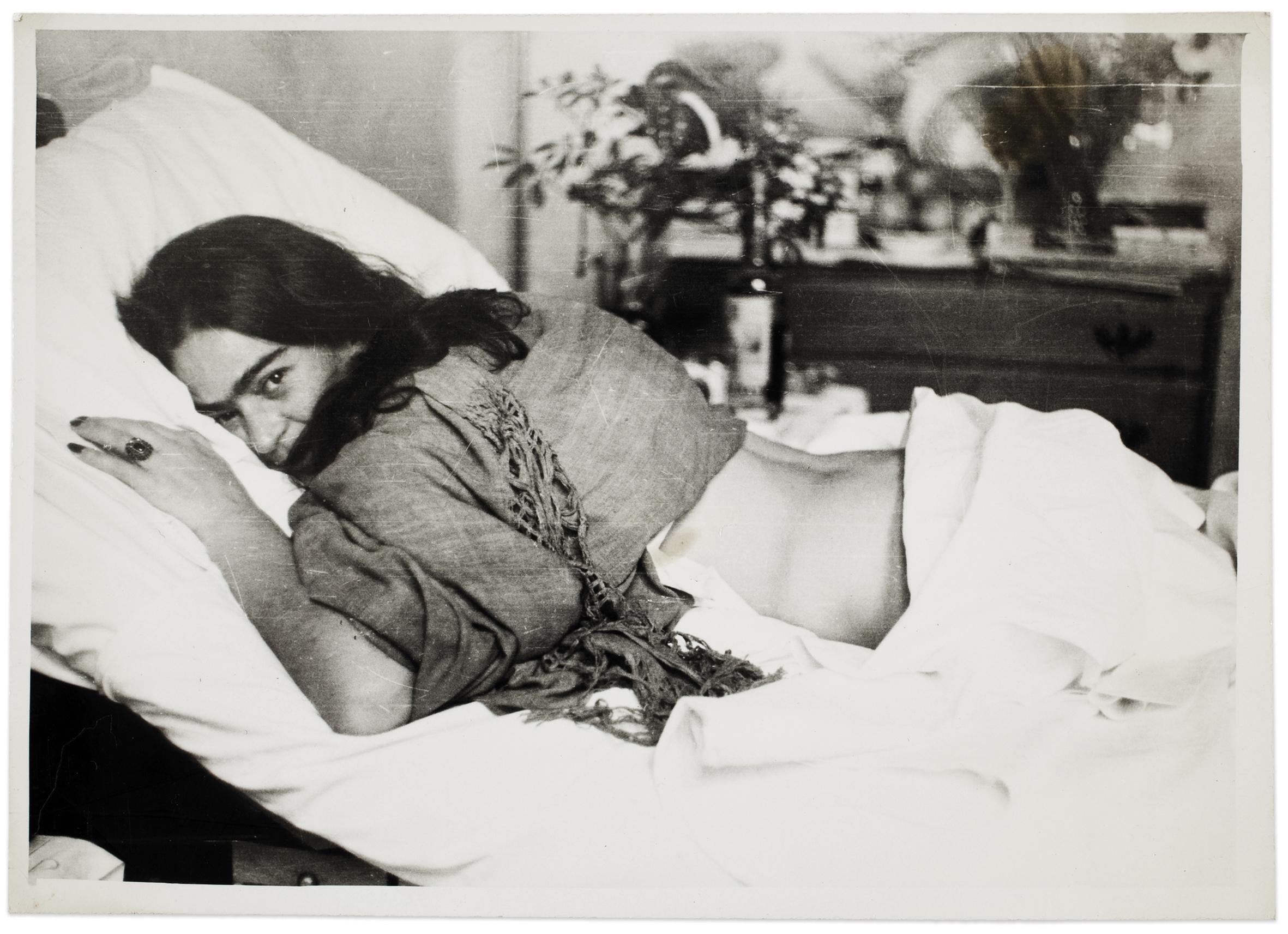 Frida stomach down , by Nickolas Muray, 1946 ©Frida Kahlo Museum
