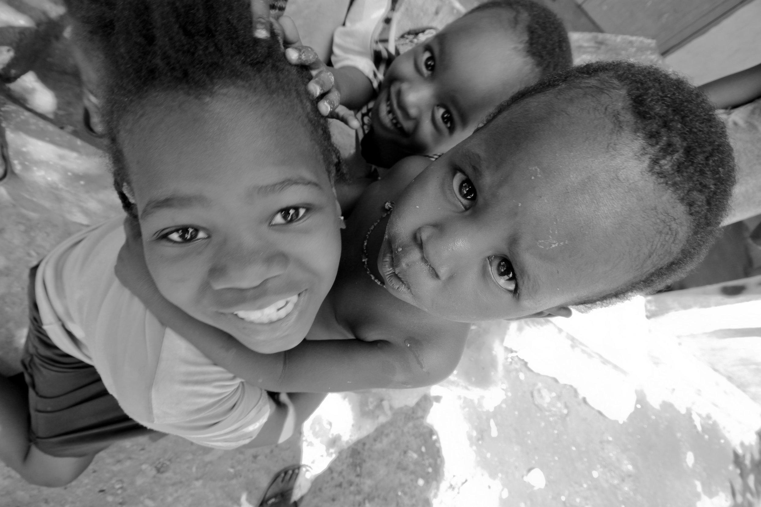 Children play in Bamako, Mali, Geraint Rowland Photography
