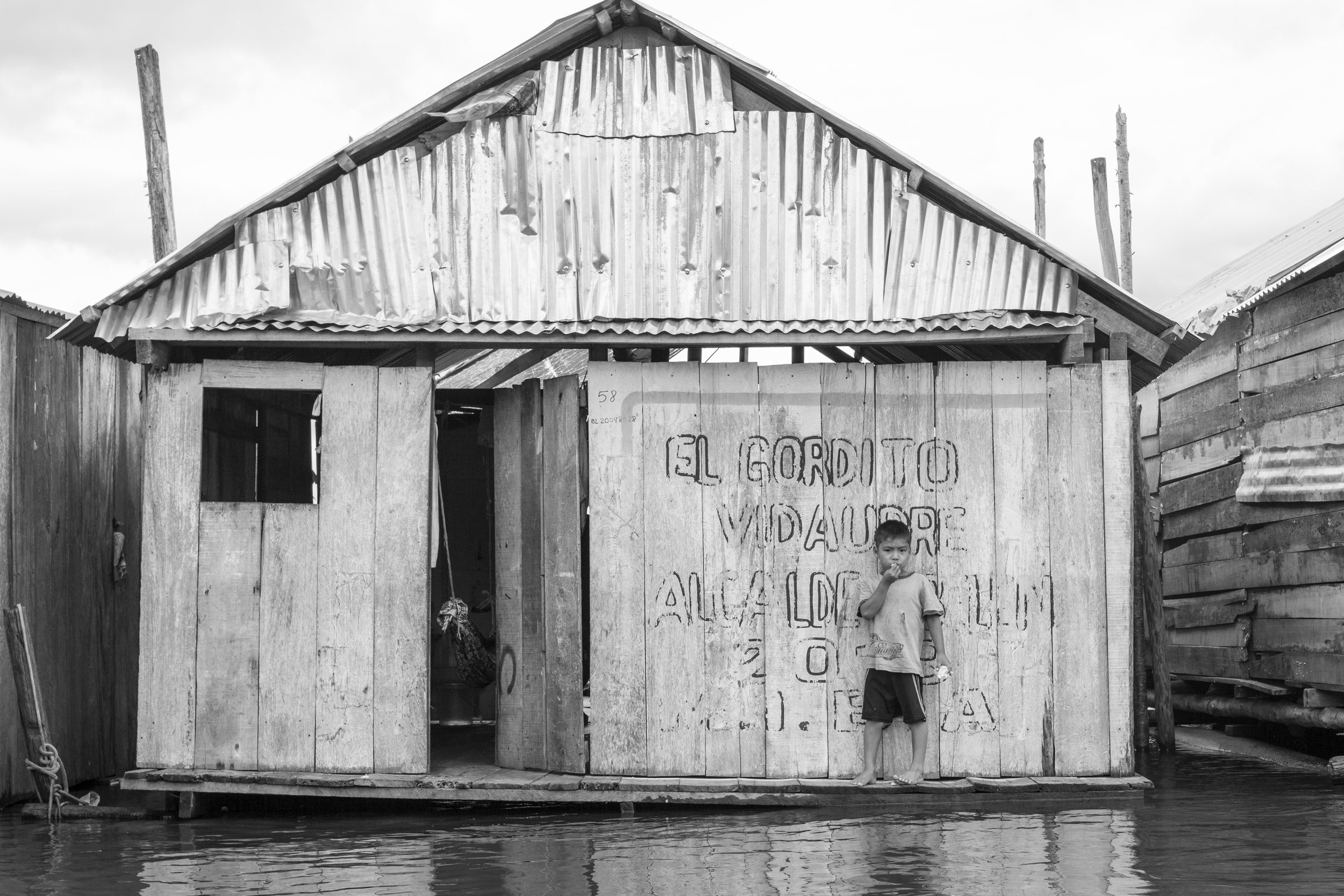 Candid photography in the Amazon, Peru.