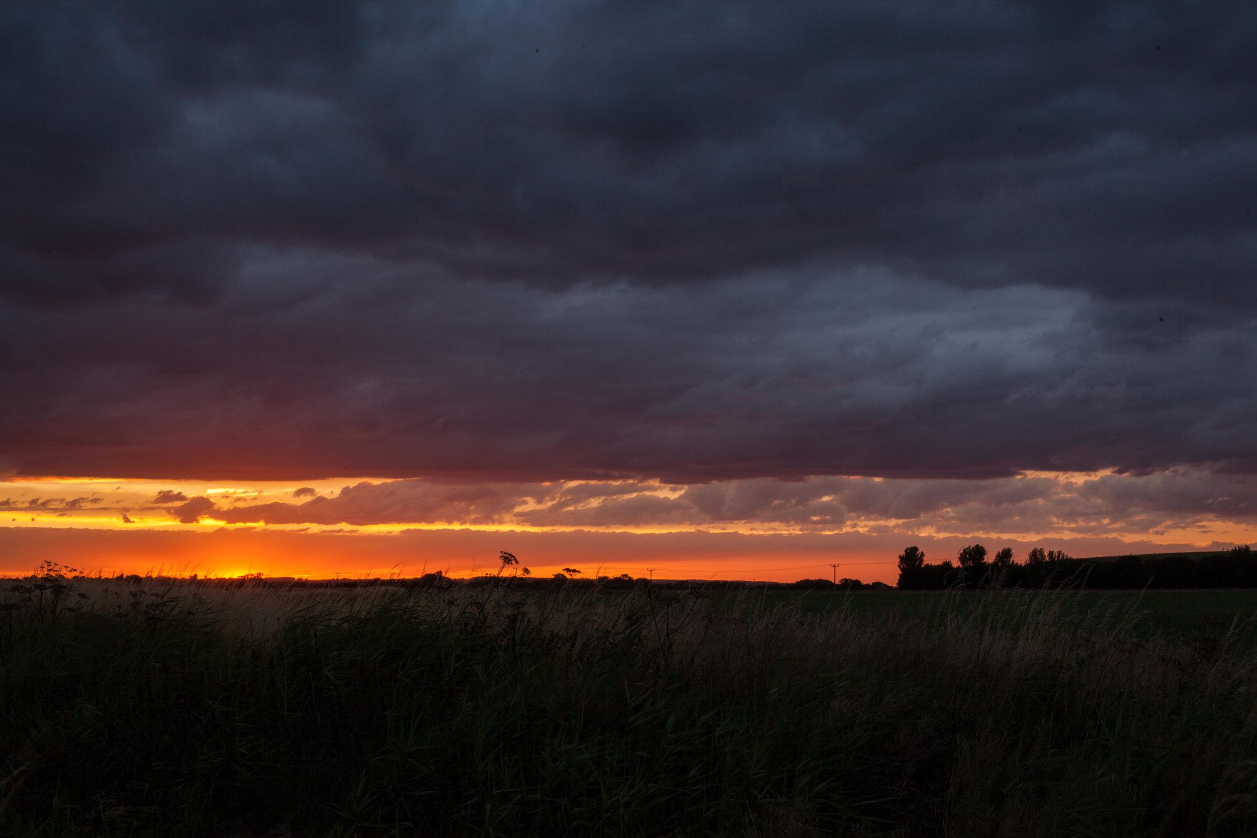 Day_32_06_sunset_skegg.jpg
