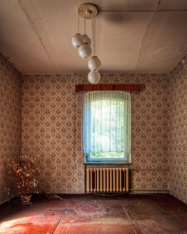 Secretary of an abandoned elementary school - © #zphoto  Take a look :  @natural_decay_ @suicide_urbex @caiya.banex @christian_urbex @k.fotoz_photografie @impression_the_world  #theurbexchallenge #g_s_i #germandecay #urbex_champions #kings_abandoned #urbexphoto #decay_illife #urbexpeople #bandorebelz #urbex_europe_ #abandonedafterdark #urbexchampions #urbanromantix #urbex #urbexworld #urbexphotography #abandoned #abandonedplaces #rottenfeed #jj_urbex #urbex_utopia #urbex_underground #urbex_rebels #urbex_supreme #grime_nation #decay_nation #kings_abandoned #all_is_abandoned #renegade_abandoned