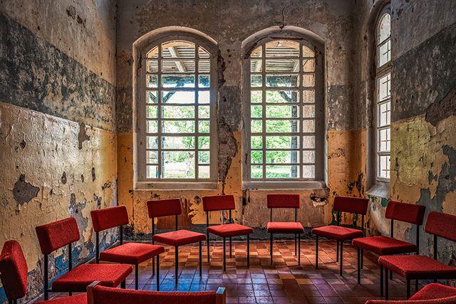 Abandoned Asylum built anno 1805 - © #zphoto  Take a look :  @natural_decay_ @suicide_urbex @caiya.banex @christian_urbex @k.fotoz_photografie @impression_the_world  #theurbexchallenge #g_s_i #germandecay #urbex_champions #kings_abandoned #urbexphoto #decay_illife #urbexpeople #bandorebelz #urbex_europe_ #abandonedafterdark #urbexchampions #urbanromantix #urbex #urbexworld #urbexphotography #abandoned #abandonedplaces #rottenfeed #jj_urbex #urbex_utopia #urbex_underground #urbex_rebels #urbex_supreme #grime_nation #decay_nation #kings_abandoned #all_is_abandoned #renegade_abandoned