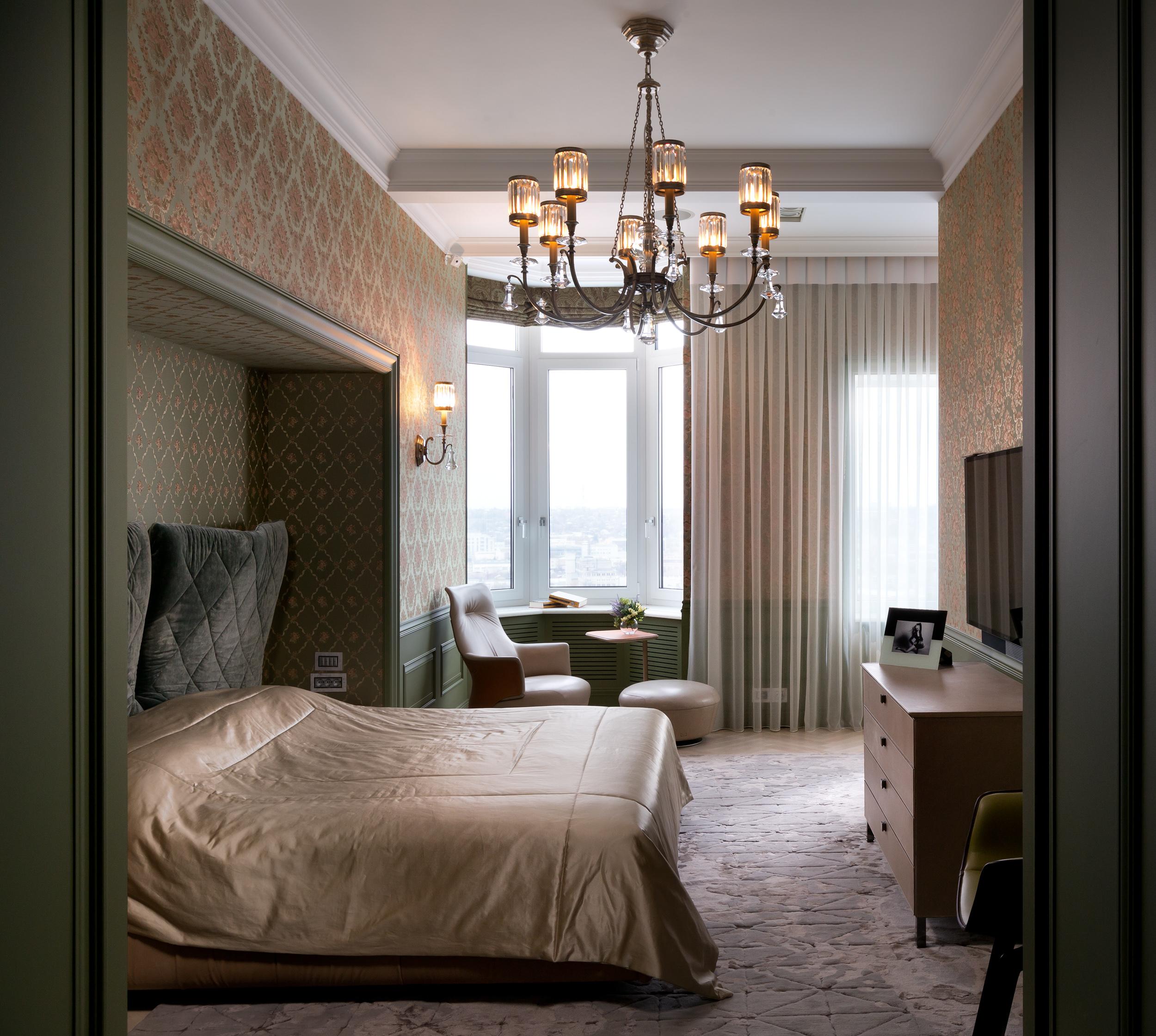 Textile high density jacquard wallpapers in the bedroom. Жаккардовые текстильные обои высокой плотности в спальне.