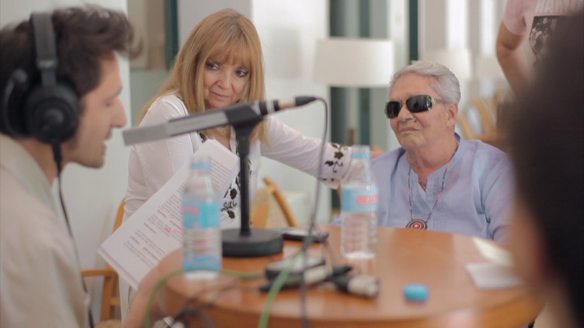 09. RyN_Javier Gallego entrevista a Chavela Vargas en Madrid.jpg