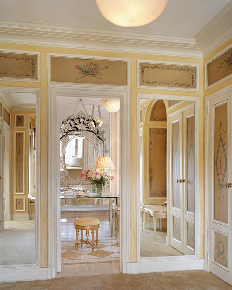 14 dressing room.jpg