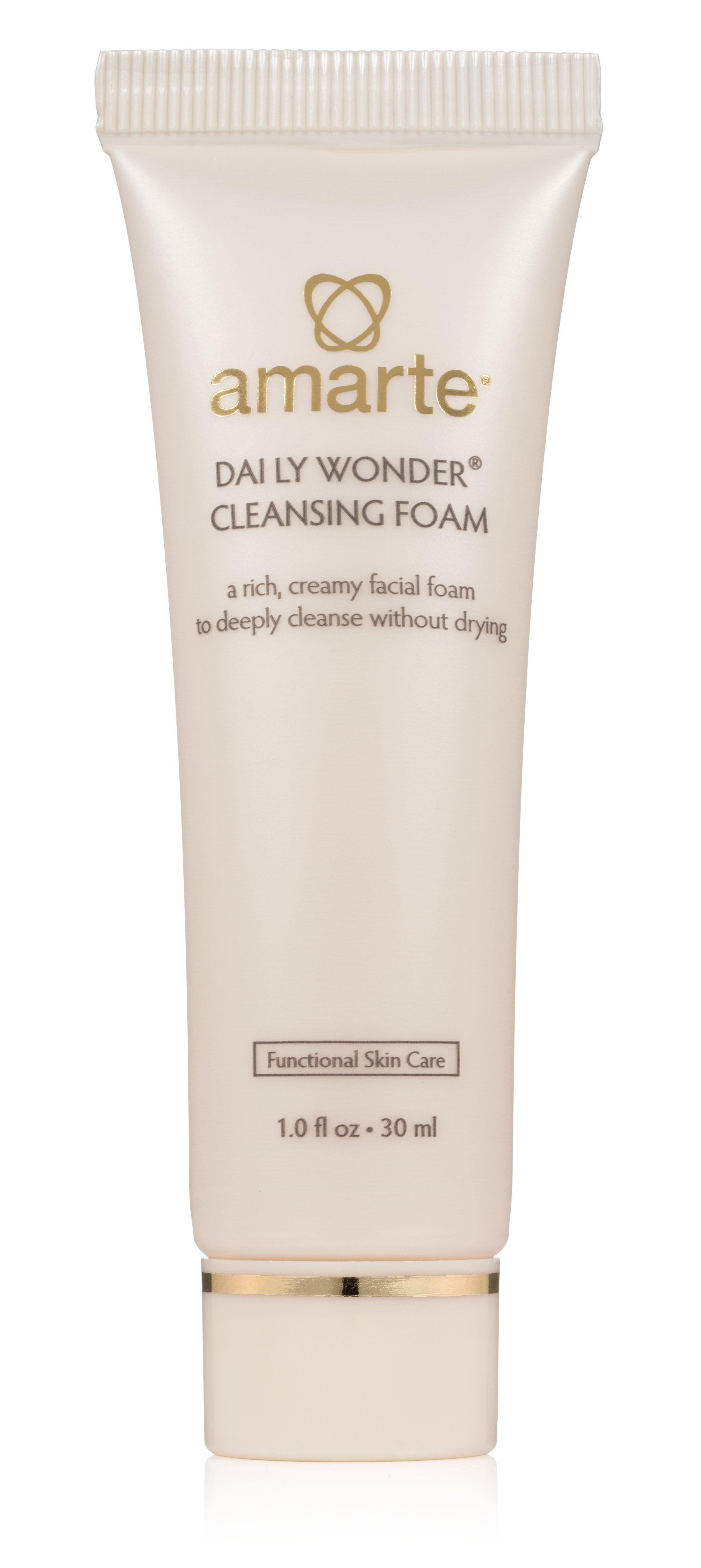 Daily Wonder Cleansing Foam Travel.jpg