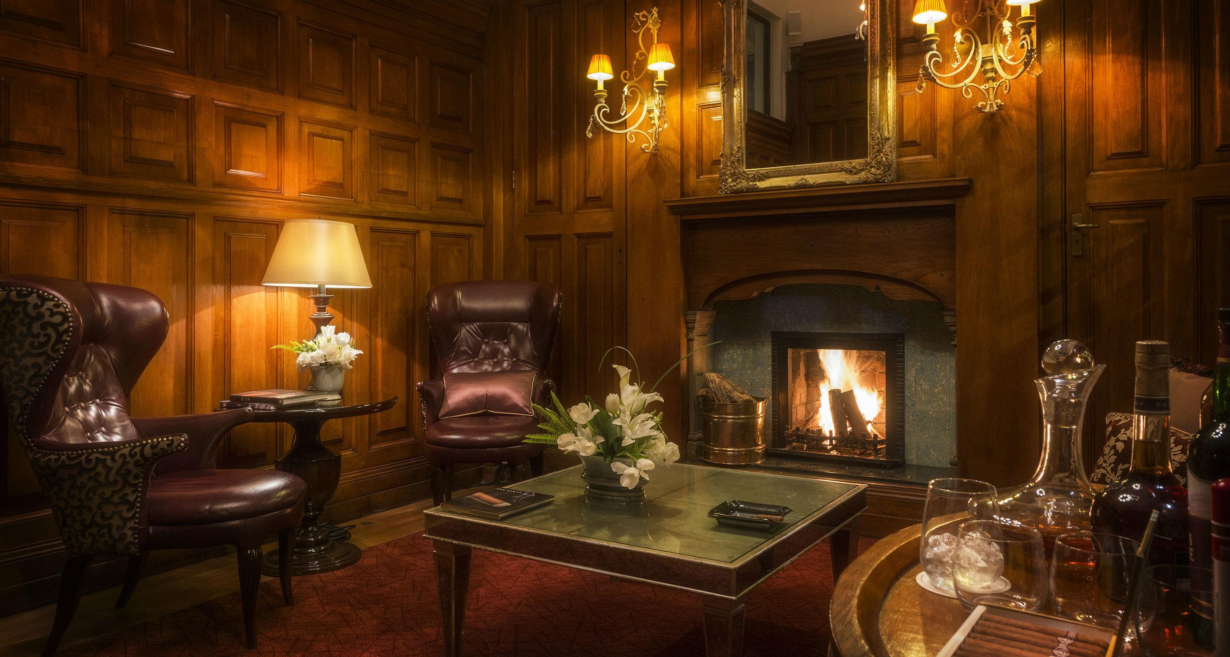 The lounge at The Taj Hotel.