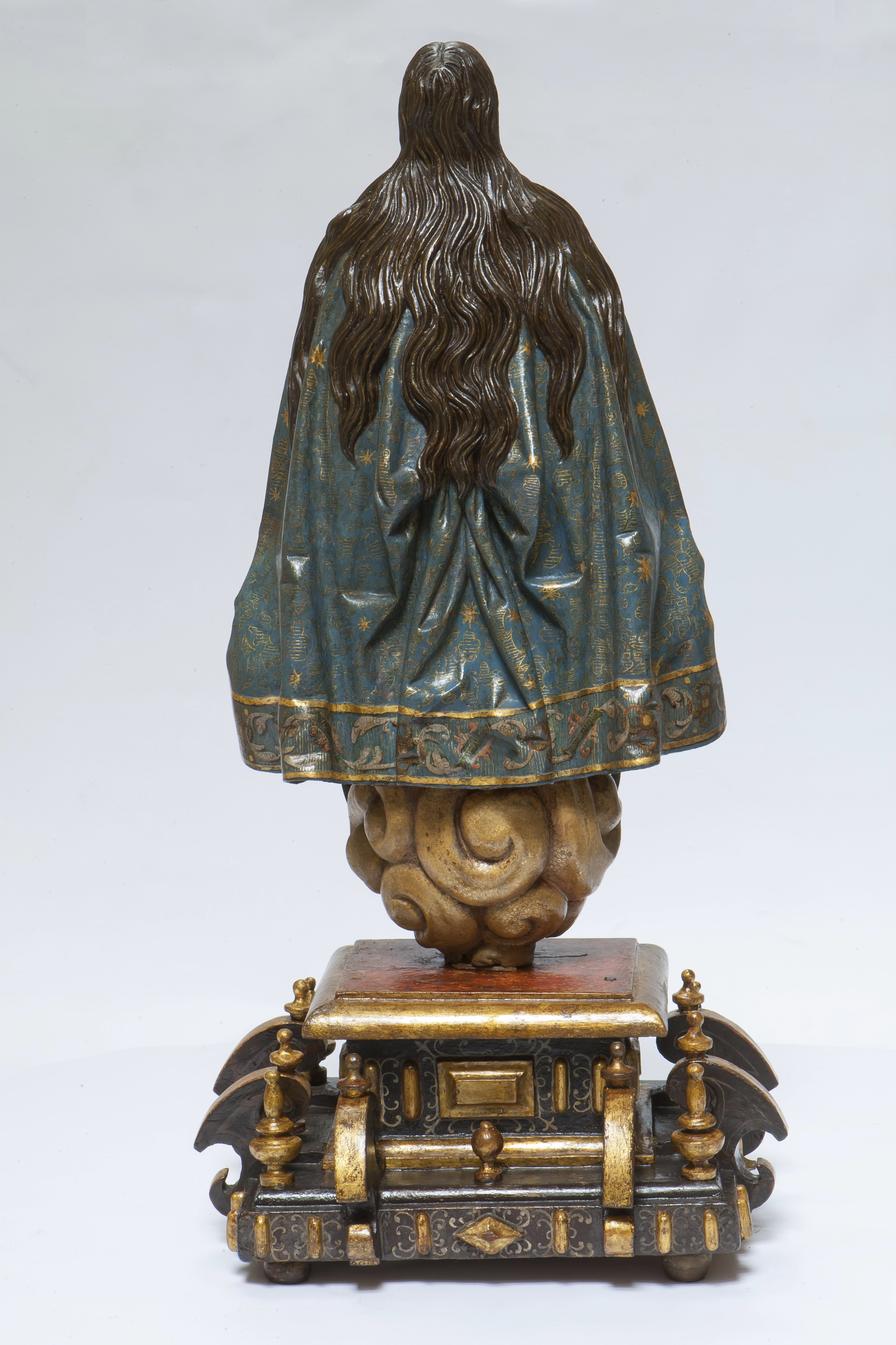 Gregorio Fernández, Virgin of the Immaculate Conception - View from the Reverse 2
