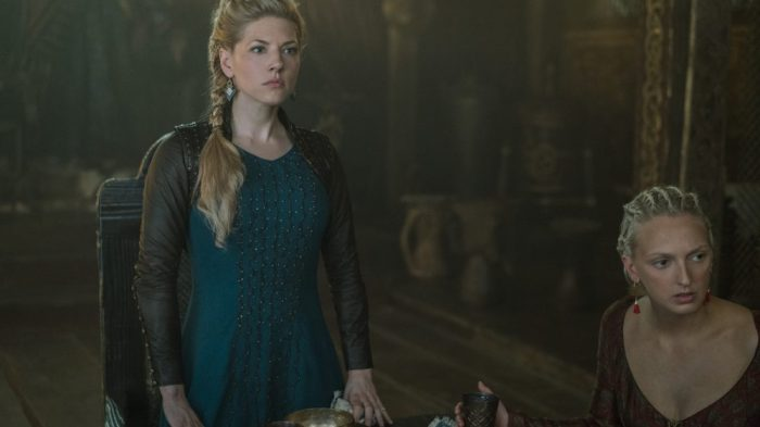 katheryn-winnick-vikings-e1505251311853.jpg