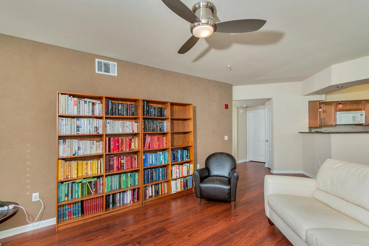 1387 Milano Dr 5 West-MLS_Size-006-4-Living Area-1200x800-72dpi.jpg