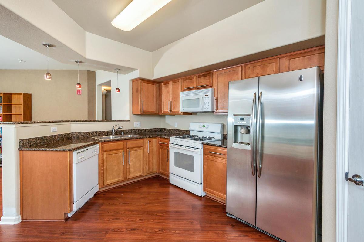 1387 Milano Dr 5 West-MLS_Size-009-10-Kitchen-1200x800-72dpi.jpg