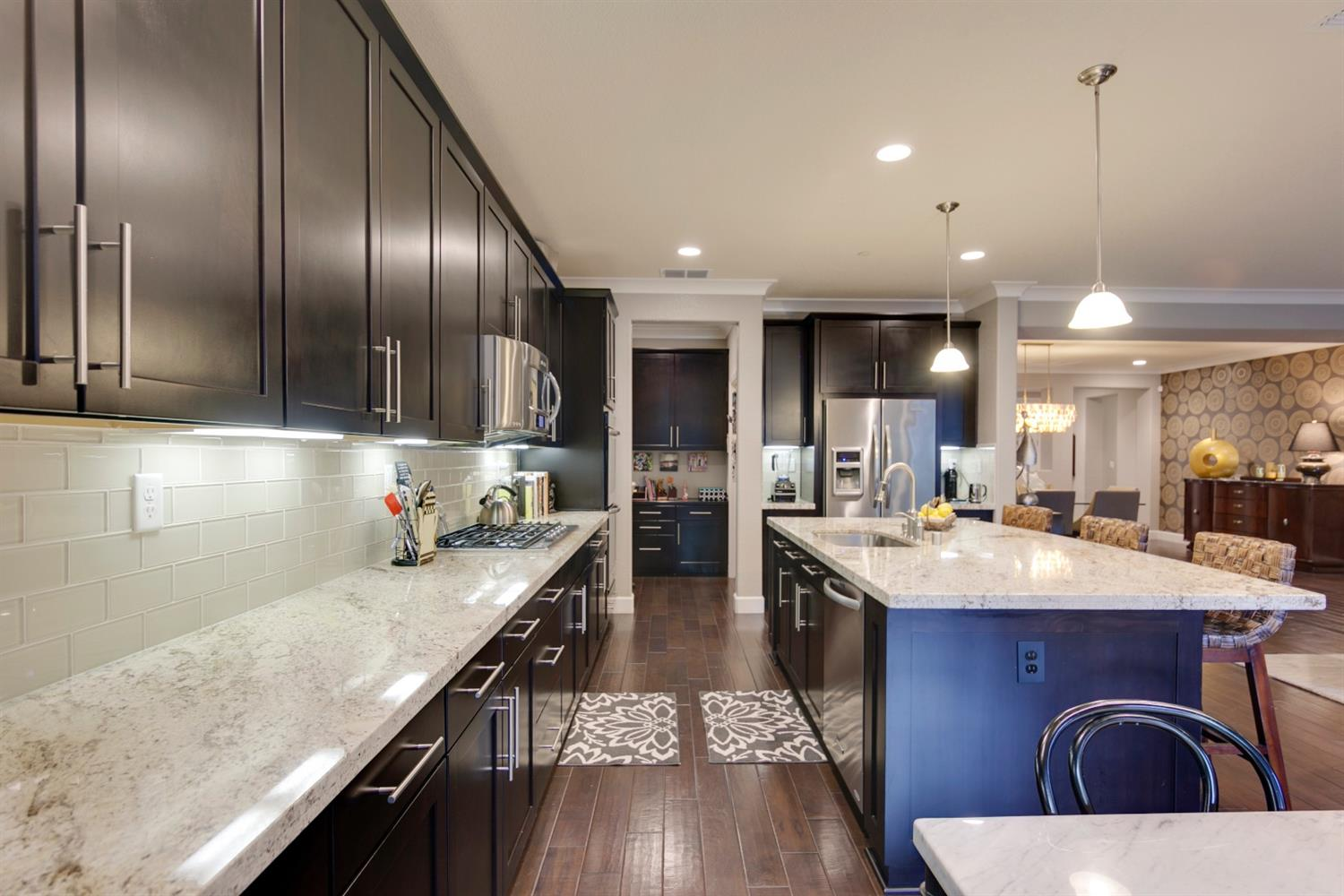 4 Things to Consider Before Renovating Your Kitchen   The average major kitchen remodel costs $122,991! Here are four things to consider BEFORE you begin your kitchen renovation. You'll be surprised to see what they are!