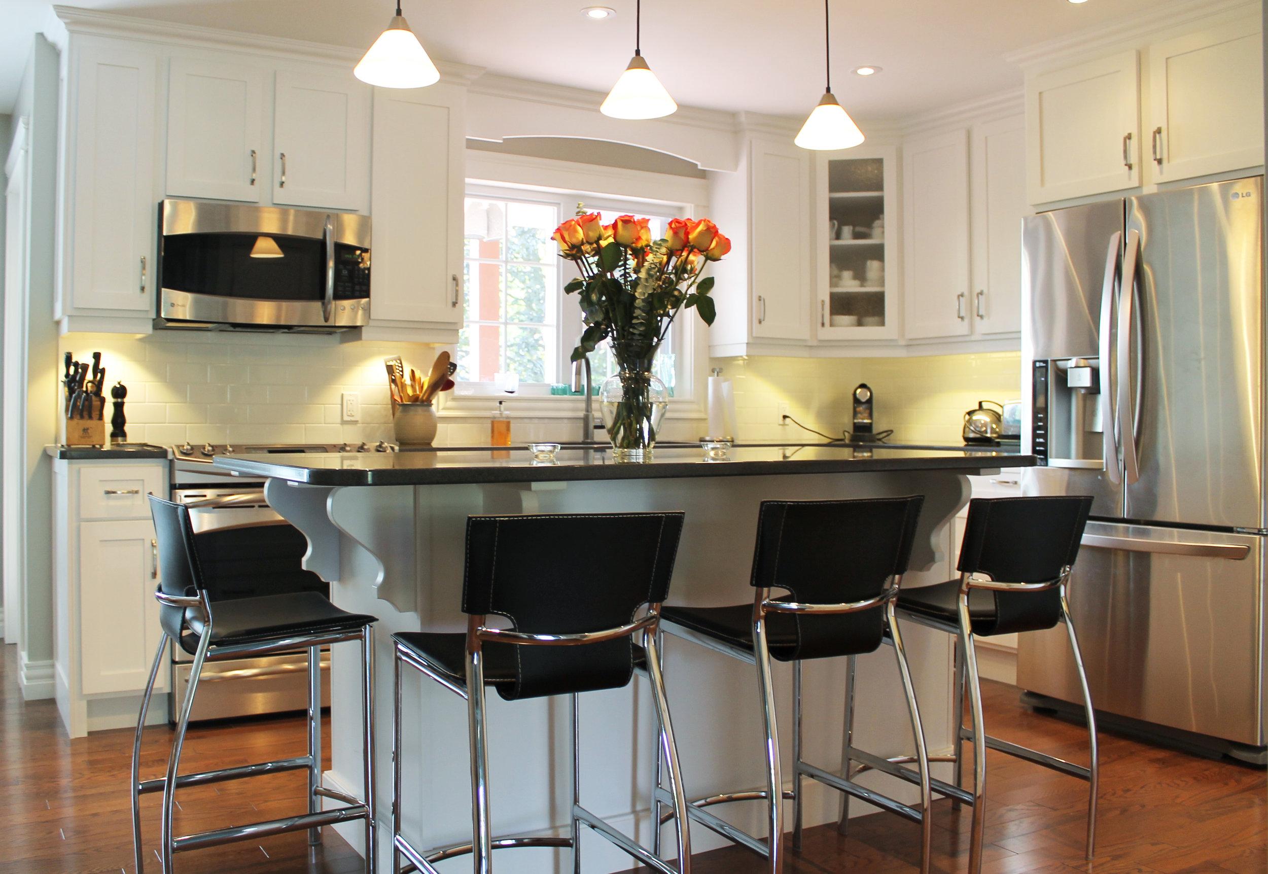 Kitchen_2.jpg