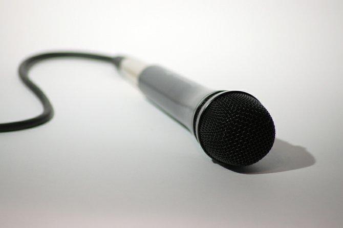 Microphone_Poetry.jpg