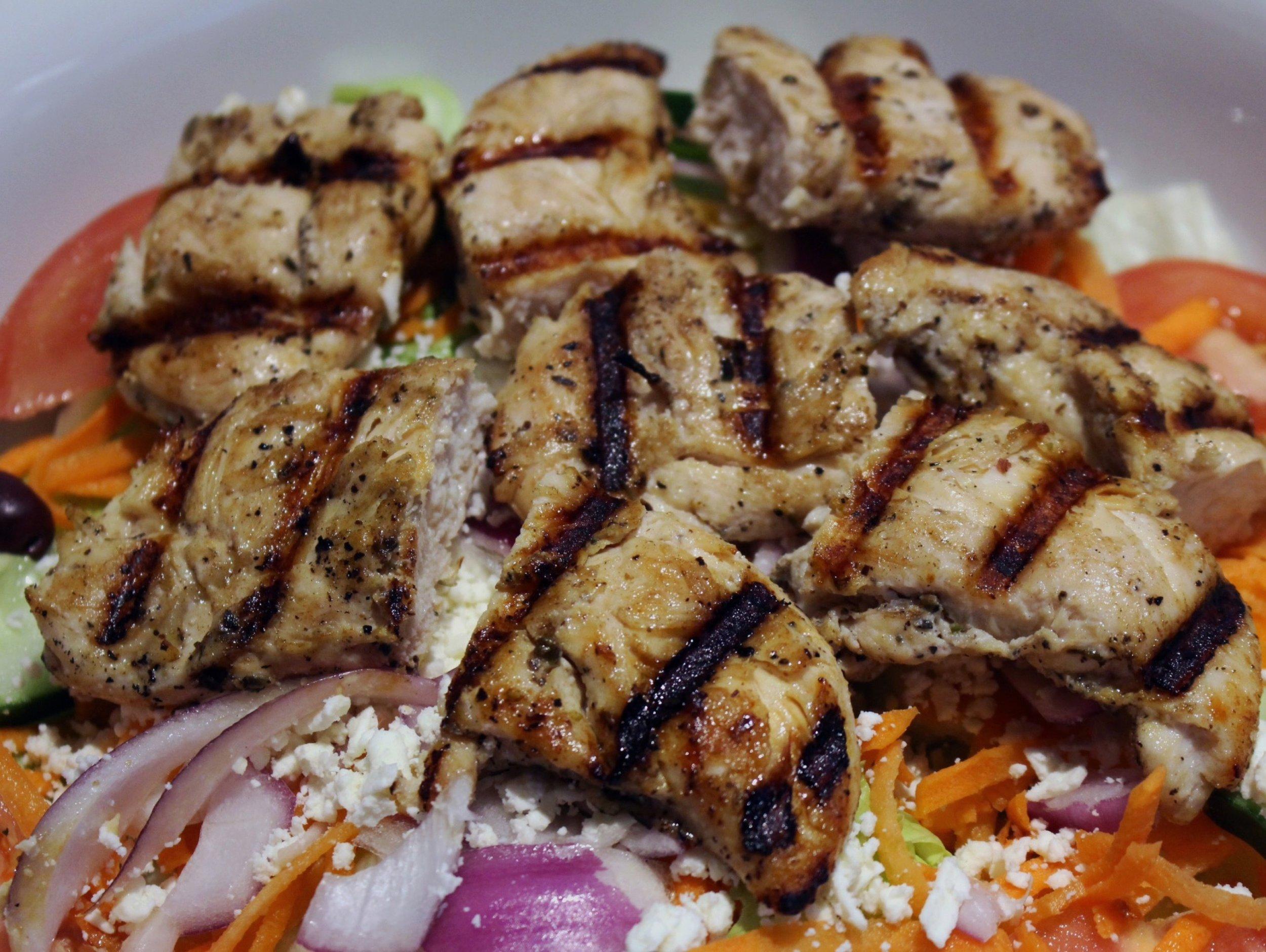 royal-roast-beef-chicken-kabob-salad.jpg
