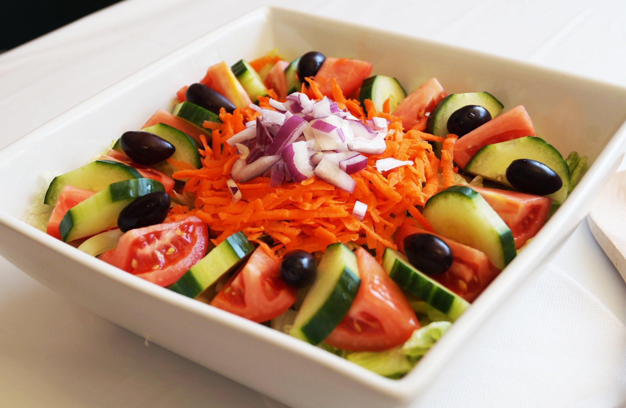 royal-roast-beef-garden-salad.jpg