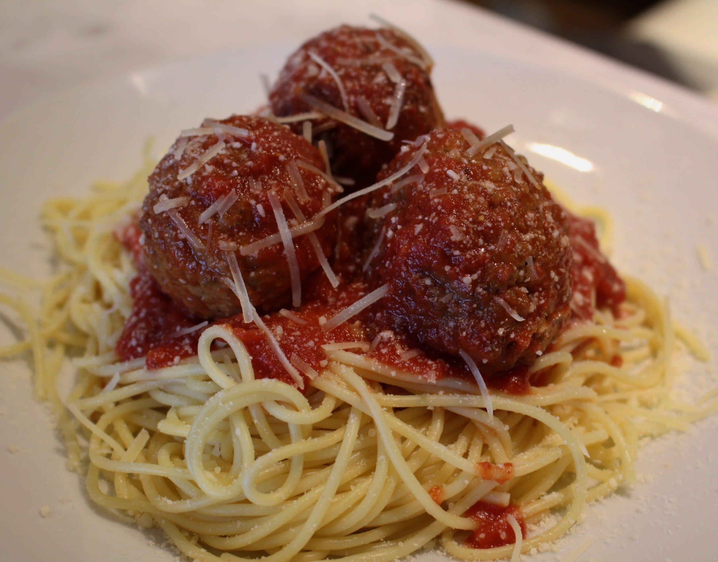 royal-roast-beef-spaghetti-and-meatballs.jpg