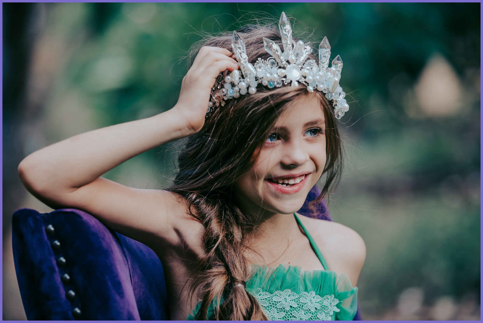 girl model with tiara portrait - local oahu portrait children photographer - ketino photograph.jpg