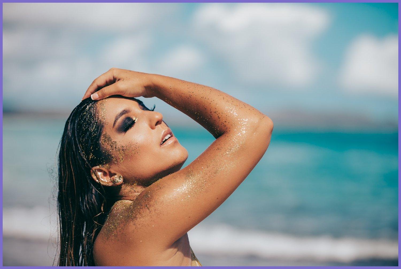 Sexy_model_beach_shoot_-_oahu_glamour_photographer.jpg
