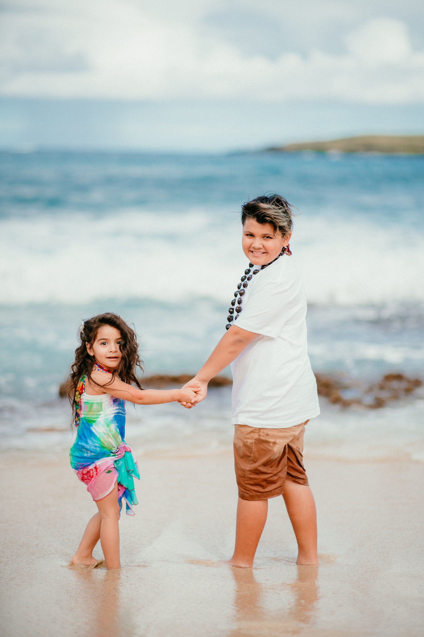 Lopez Family Vacation on Waimanalo Beach - Hawaii Family Photographer - Ketino Photography13.jpg