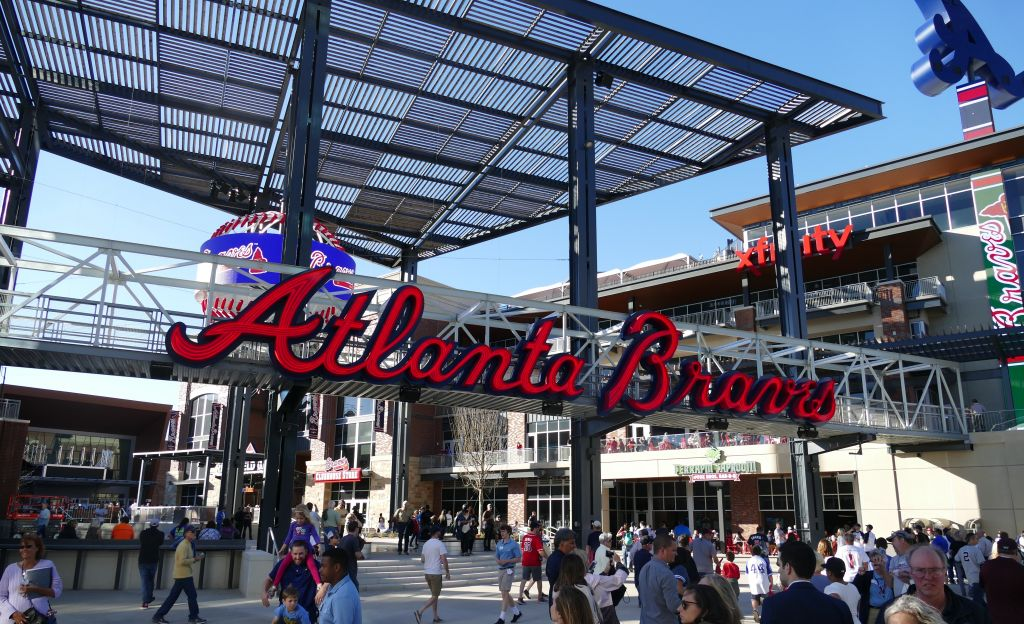 SP-Braves-Signs-3-1.jpg