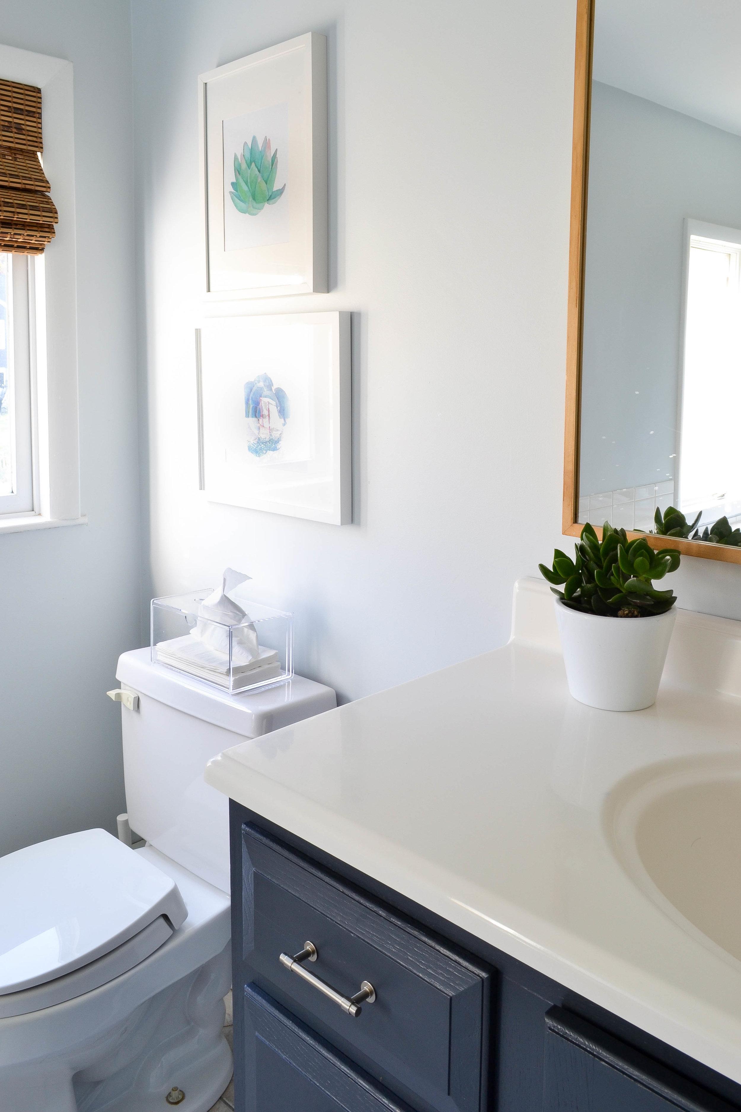 Gray Oak Studio - 2 Days 200 Dollars - Free bathroom art.