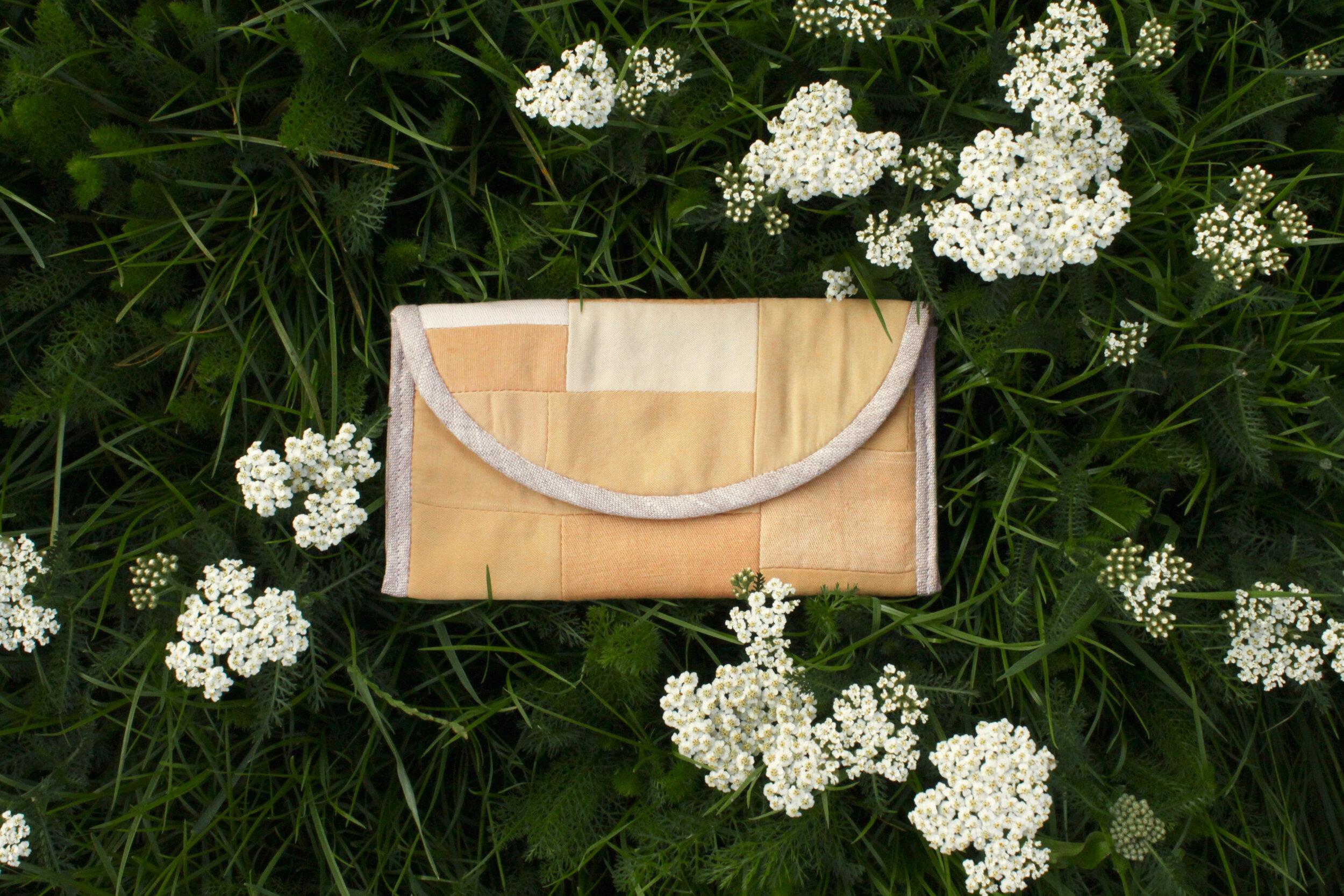 shop pouches -