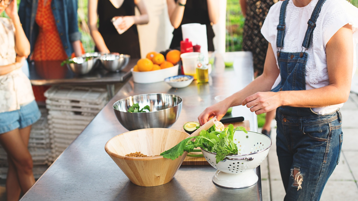 A Conscious Kitchen: Reducing Food Waste at Home - May 20, 2019 | 6:30 PM - 8:30 PMReducing the carbon footprint of your home begins in the kitchen! In this workshop, we'll walk through how to assess your home kitchen for opportunities to minimize waste, saving you money and opening up a world of delicious possibilities.We'll go beyond the usual carrot top pesto, so you come away with concrete ideas for how you can realistically make practical changes to your day-to-day habits that will have a meaningful impact on the amount of waste you generate.Facilitated by Anastasia Cole PlakiasCo-Founder and Vice President of Brooklyn Grange Rooftop FarmAn accomplished public speaker, award-winning writer, and published photographer, Anastasia is a passionate and outspoken crusader for fresh, healthy foods and greener, more sustainable cities.