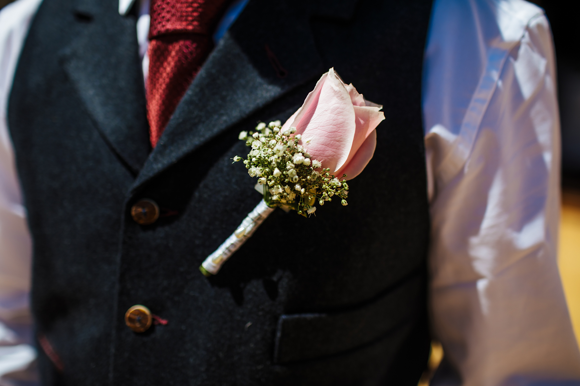 Close up of a buttonhole in Spain at a wedding