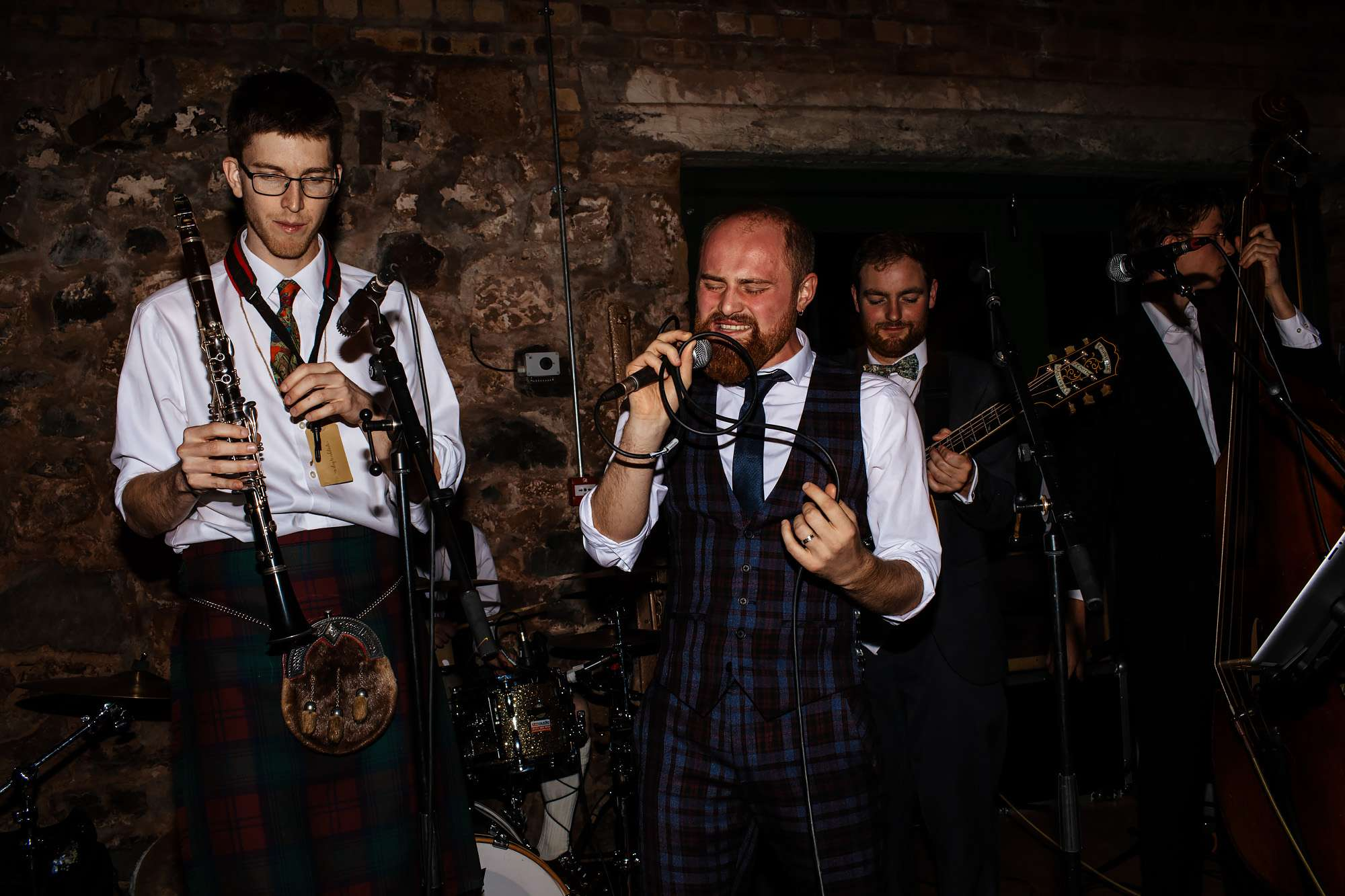 Groom singing at his own wedding in Fife