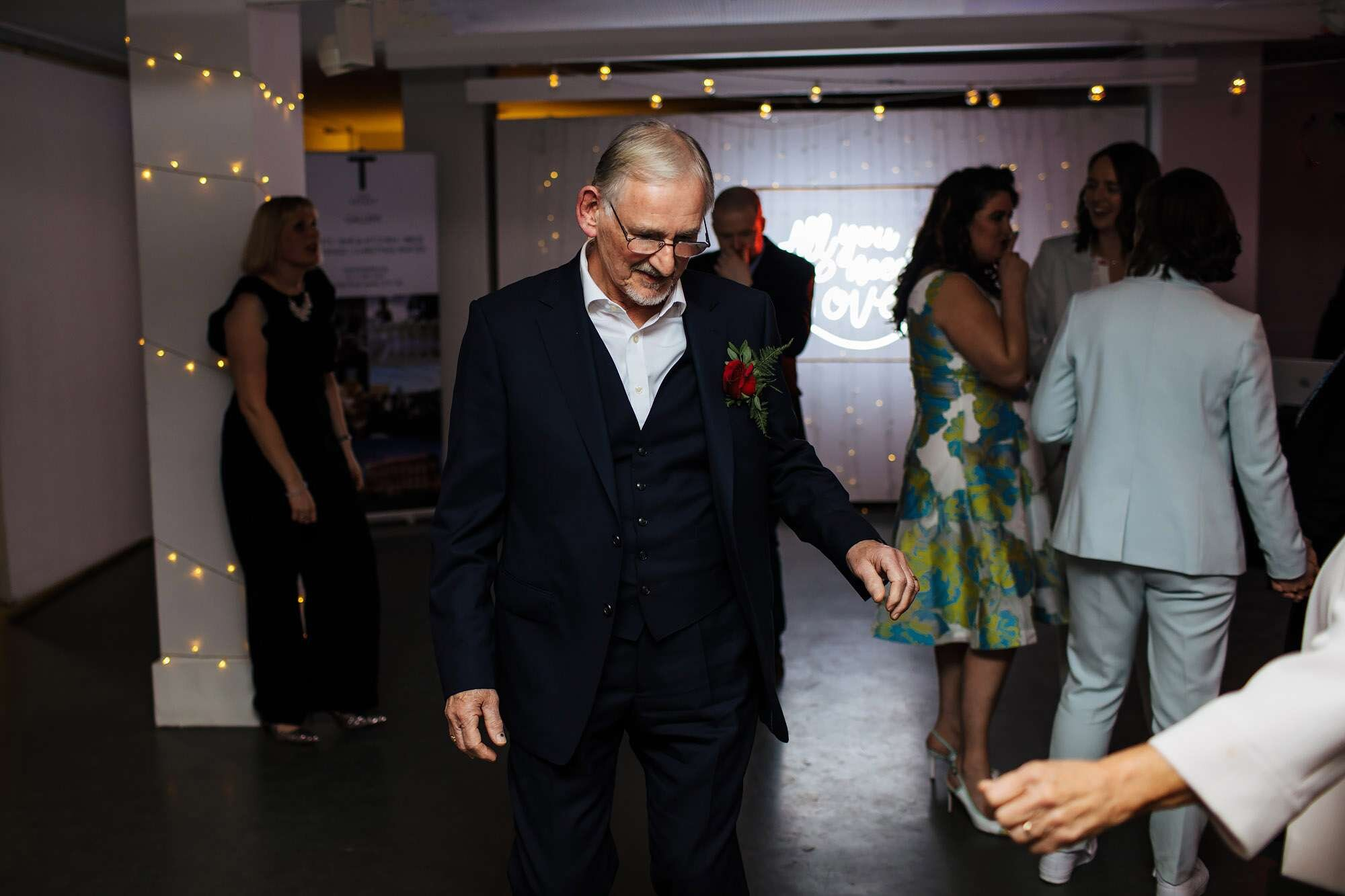 Bride's dad having a dance at her wedding
