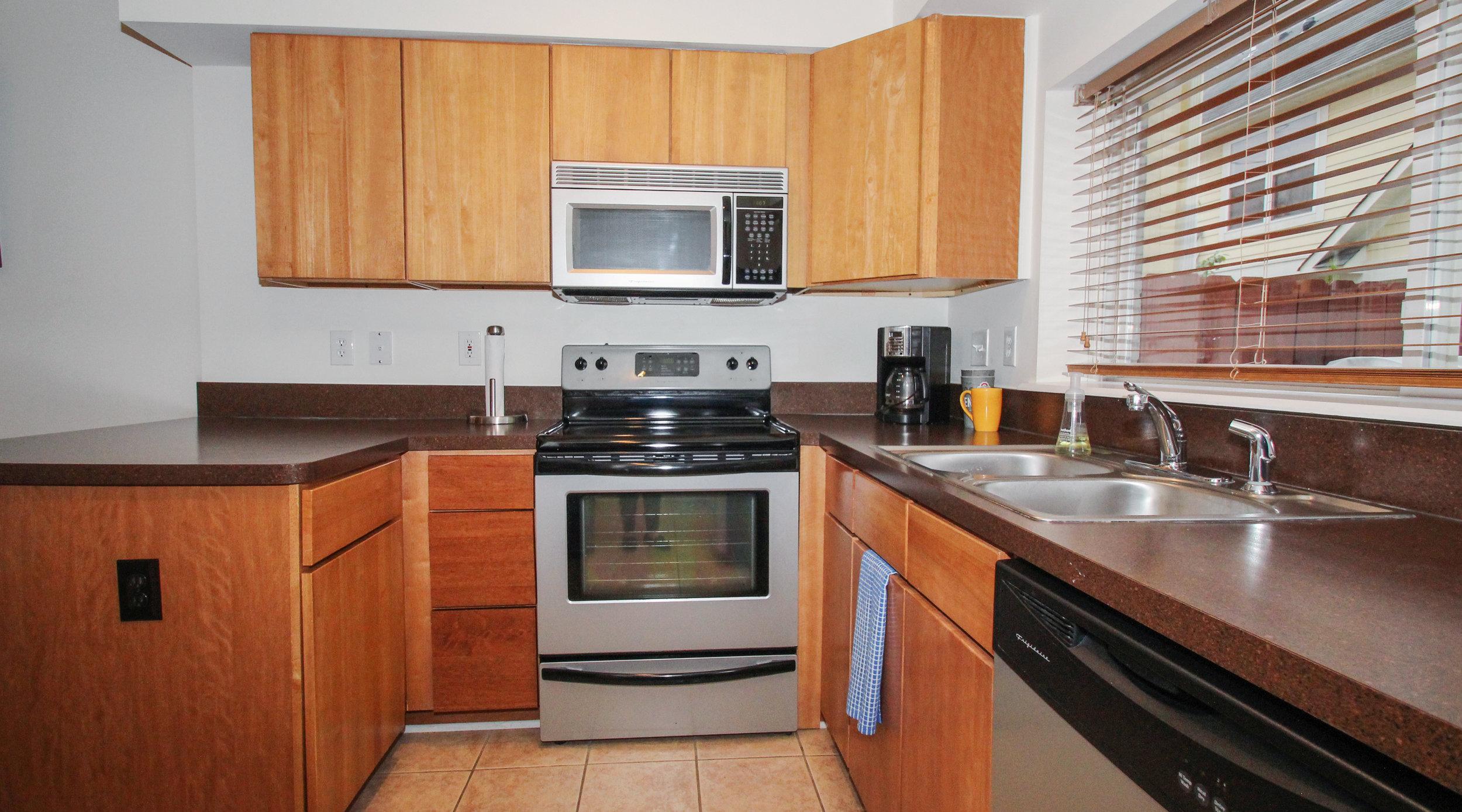 Kitchen- 2 (1).jpg