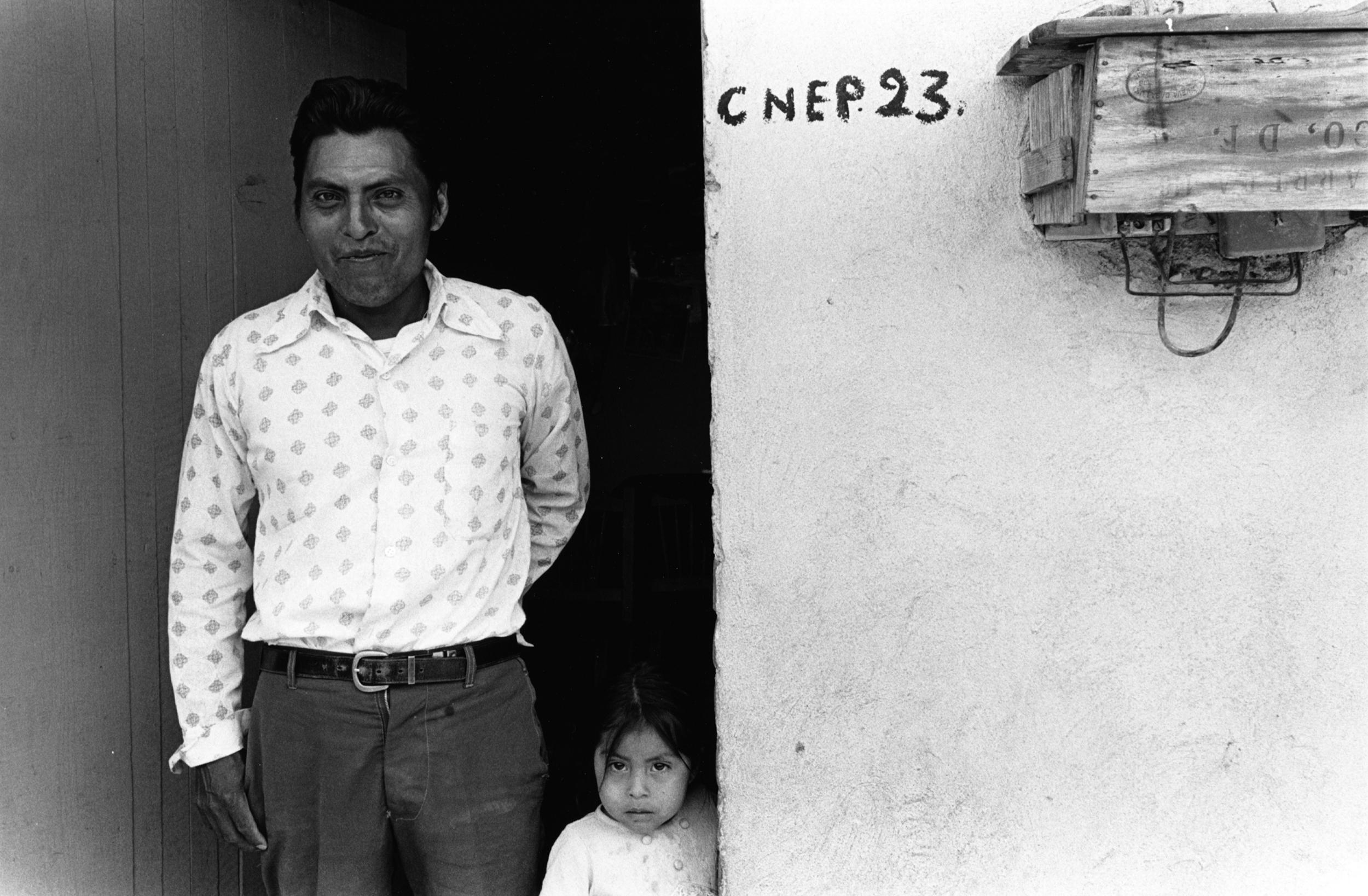 Zapotecan Man and Daughter_1975.jpg